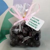 Nocciole ricoperte di cioccolato bianco